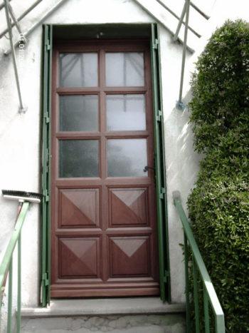 Porte d'entrée vitrée en bois exotique moulure petit cadre