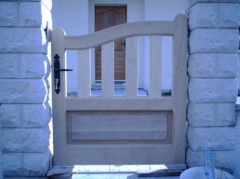 portail bois exotique